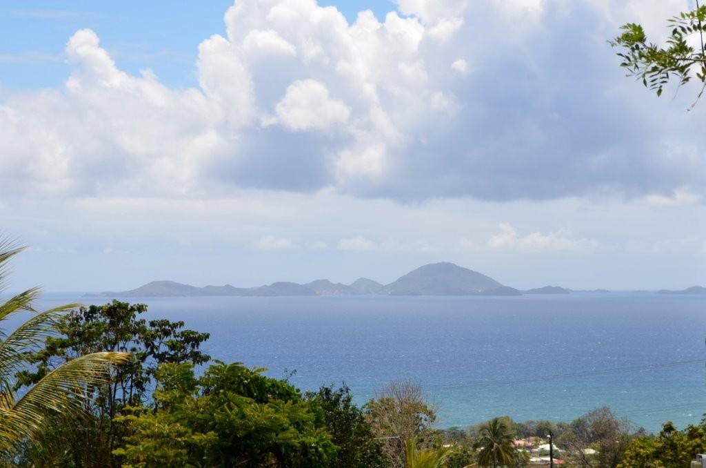 Iles des Saintes, von Guadeloupe aus betrachtet
