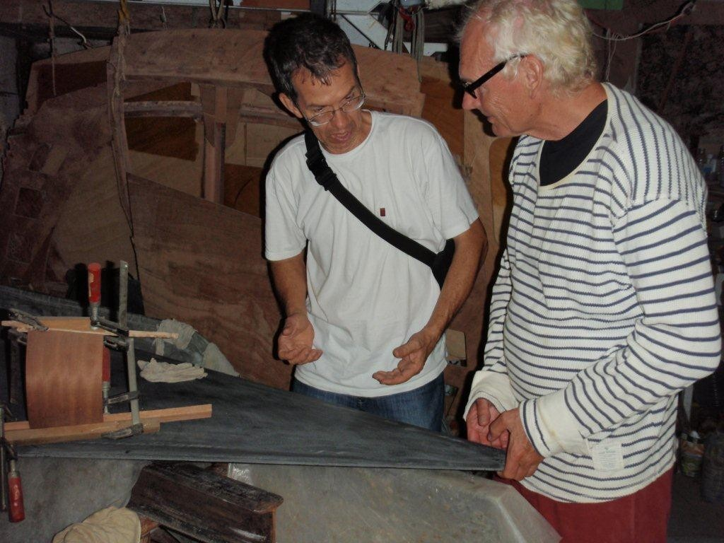 Eugenio und Willem in der Werkstatt