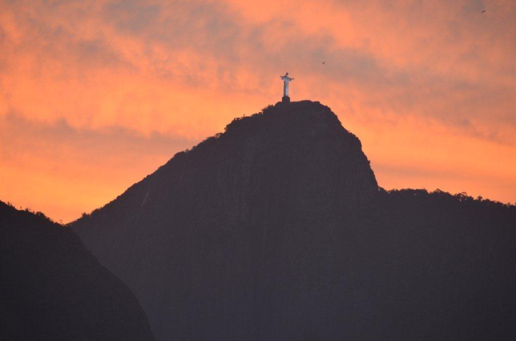 Ankunft in Rio -Baia de Guanabara- bei Abendrot
