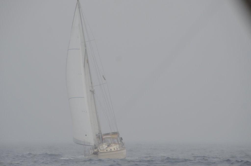 Adventuress hinter Meerlust bei stuermischem Wetter