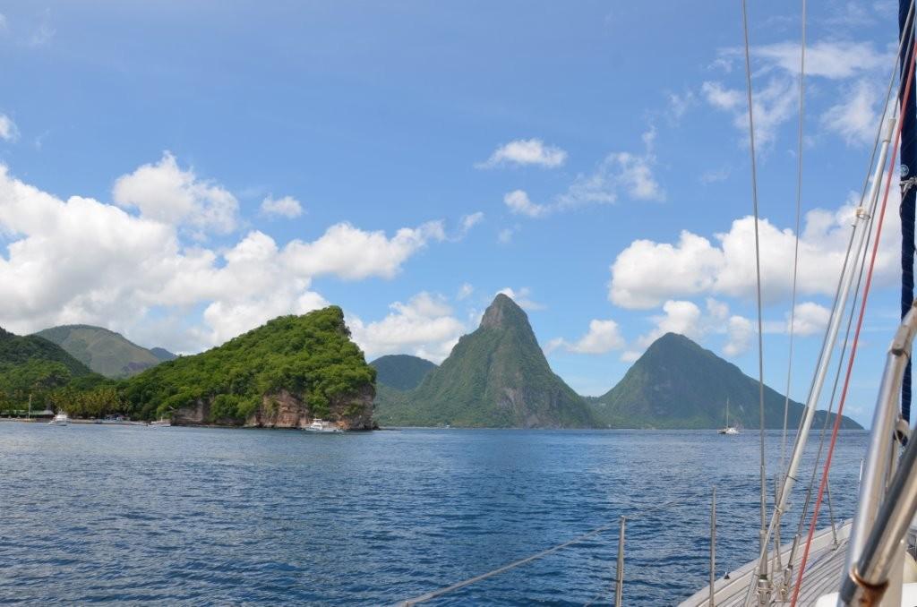 Saint Lucia, Pitons