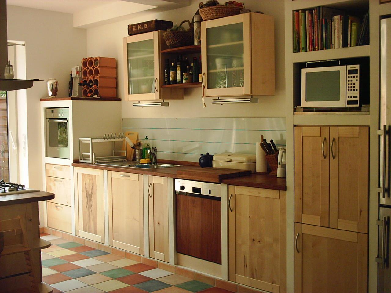 Küchenzeile , Fronten Ahornholz , Arbeitsfläche Kirschholz