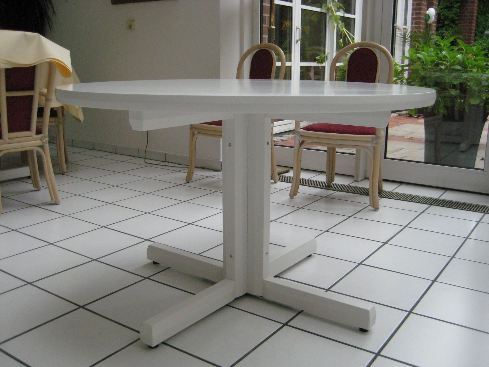 Oberfläche Platte mdf-weiß lackiert, Gestell in whitewood-weiß lackiert
