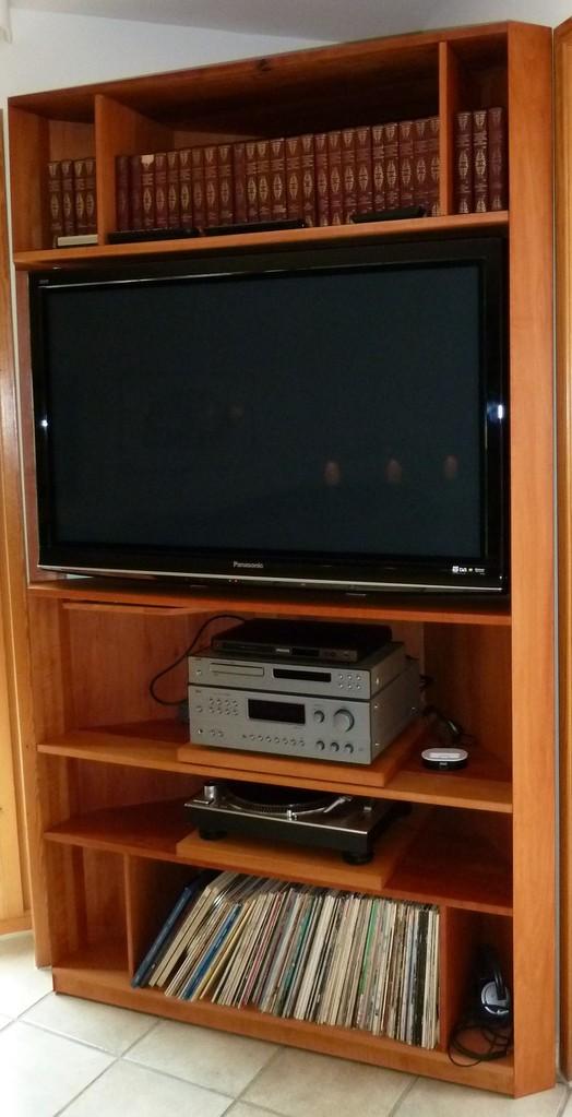 Eckregal für Fernseher und Hifi, Elsbeere ,naturgeölt