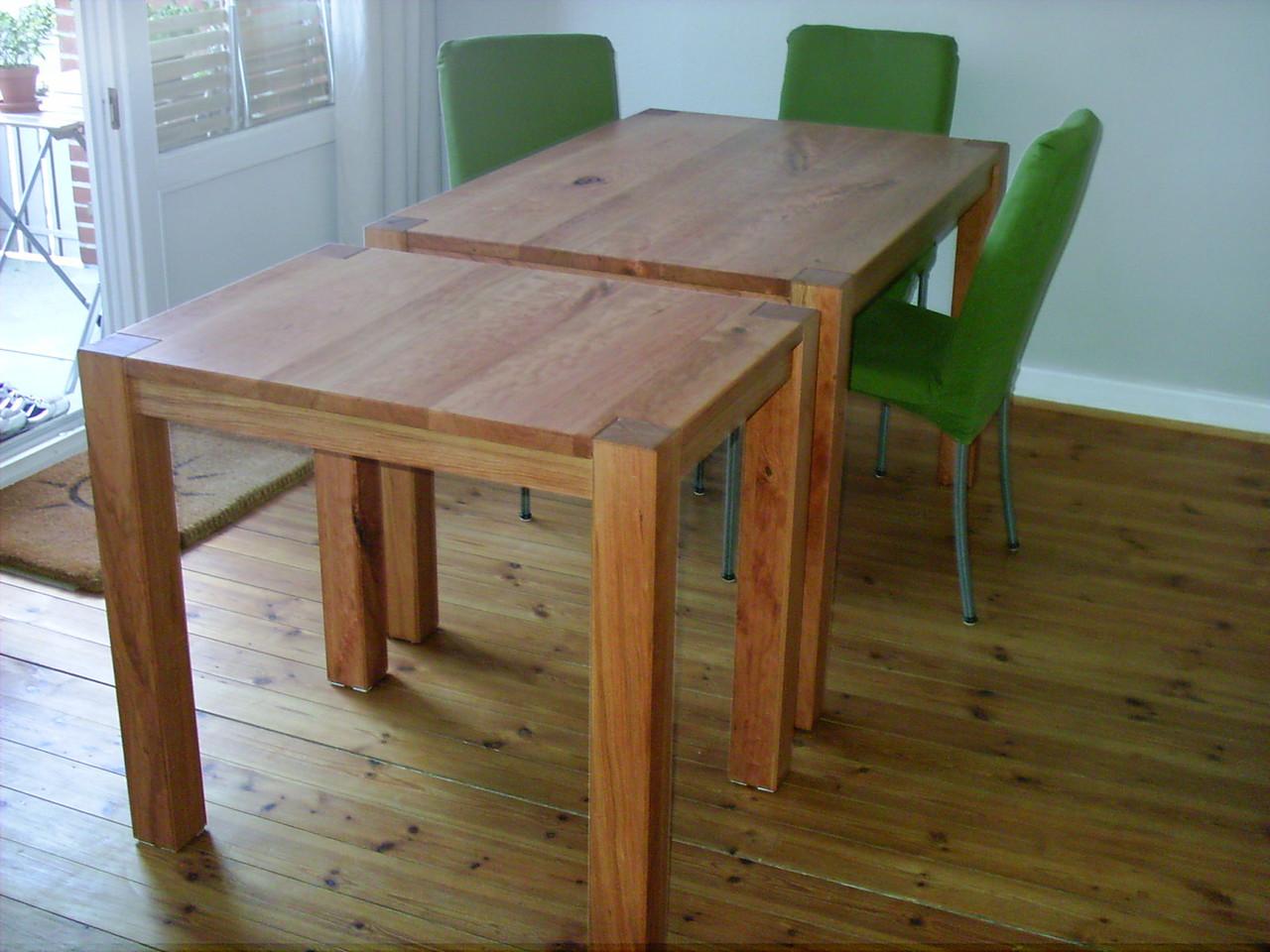 doppelter Tisch aus Kirschholz,