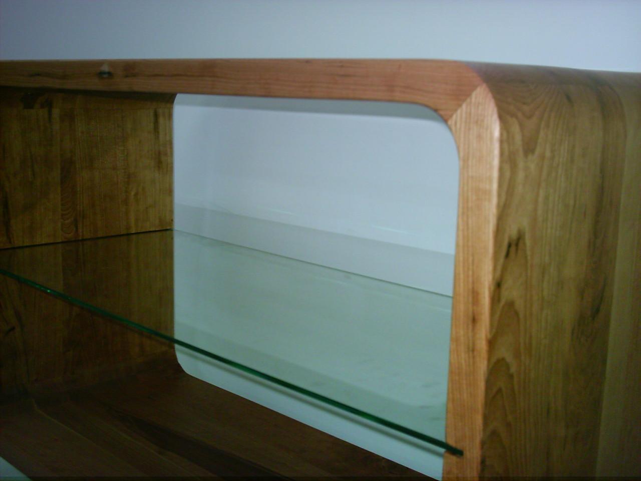 Fernseh - und Hifi Tisch aus Kirschholz