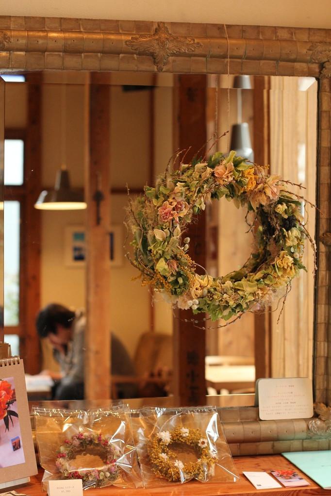 鎌倉のベーカリーカフェ、kamakura24sekkiさんで展示したリース