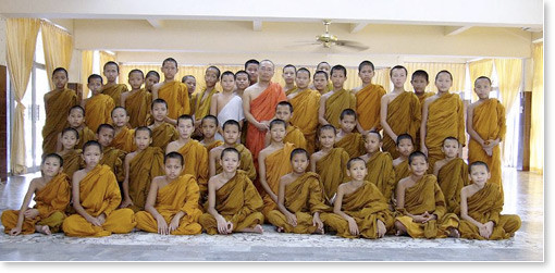 Buddhist-monks-group-picture