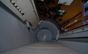 酸素カプセル内部
