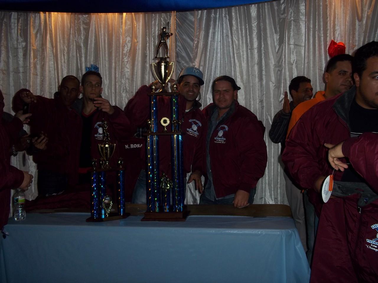 Los Tontos Campeones 2012