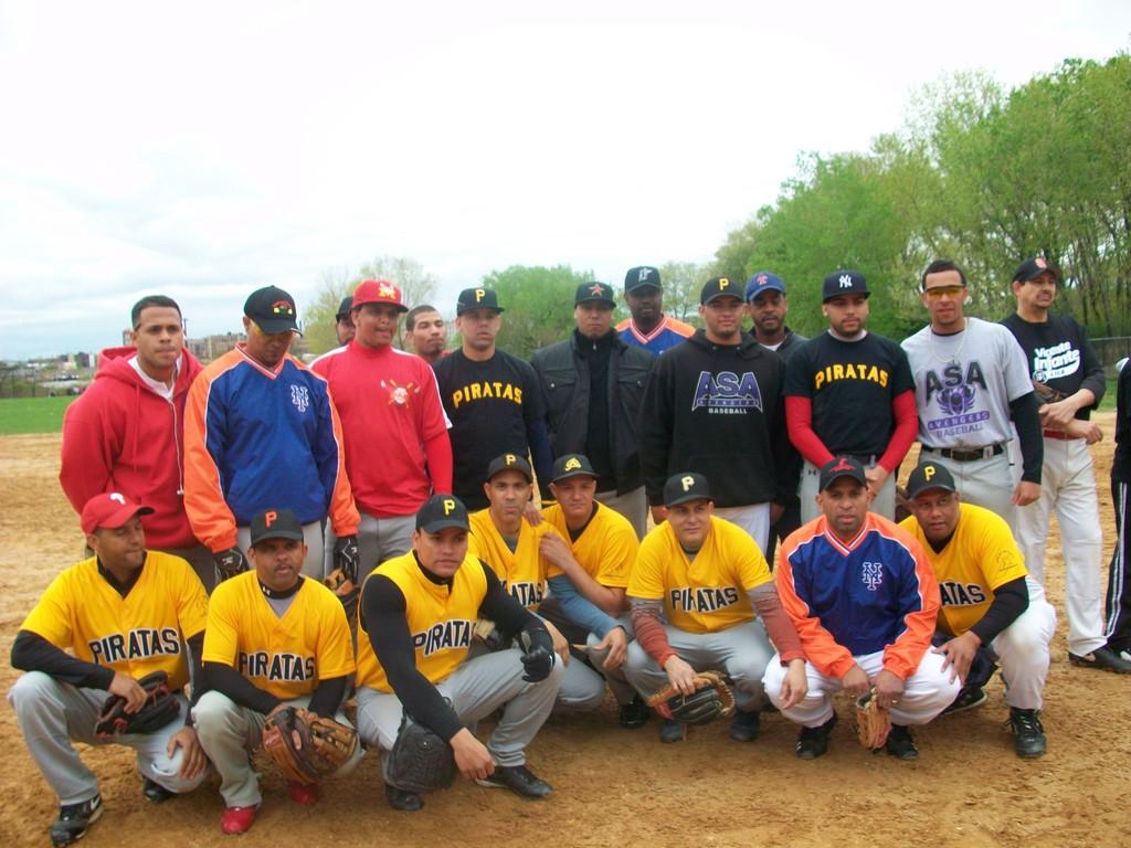 Equipo Lo amarillos  LVI    www.livinfante.com