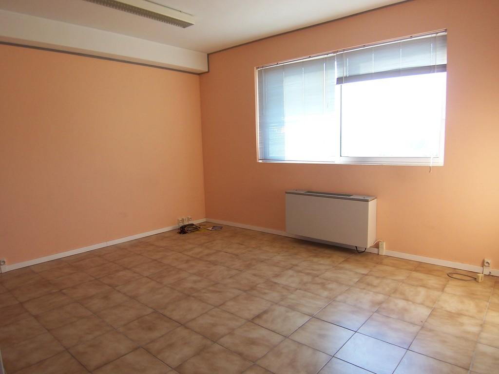 Vente bureau vaucluse bureaux vaucluse a vendre 84 a - Bureau de vente immobilier ...
