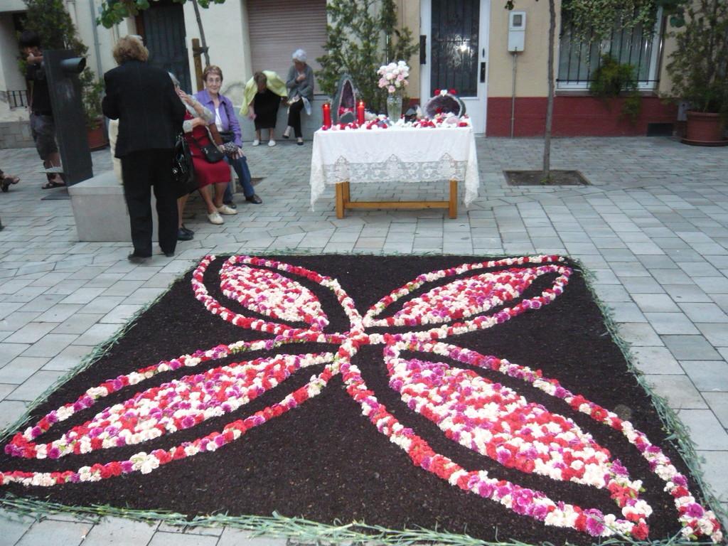 6/6/2010 L'altar acabat