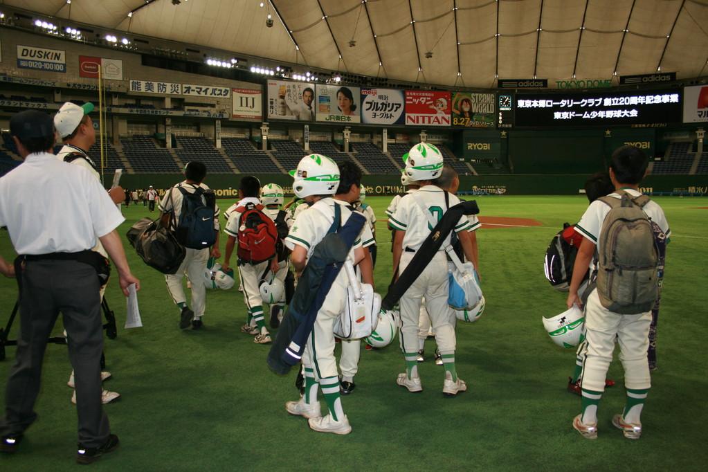 東京ドームで試合なんて・・・夢のよう。