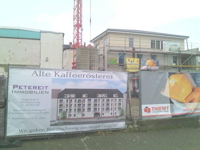 12. Dezember 2014: Haus Excelsa ist beinahe fertig, der Bau von Haus Mokka und Arabica wird begonnen.