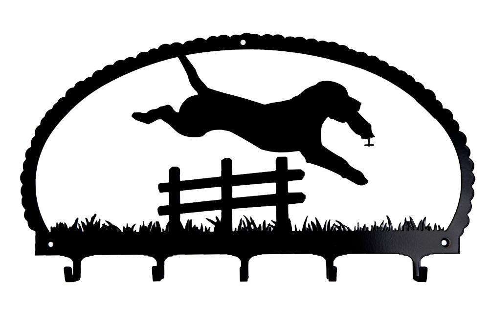 Labrador Retriever springend
