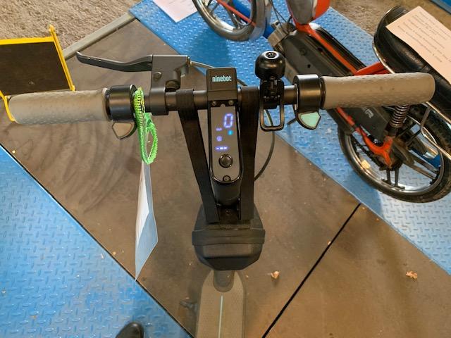 eScooter mieten mit Display