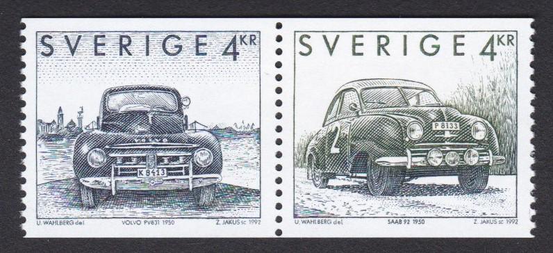 Postzegels Zweden uit 1992, met een Volvo en een Saab uit 1950.