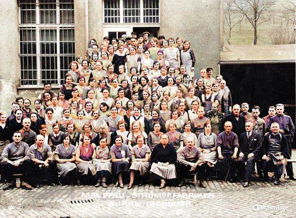 Die Belegschaft der Strumpffabrik 1965