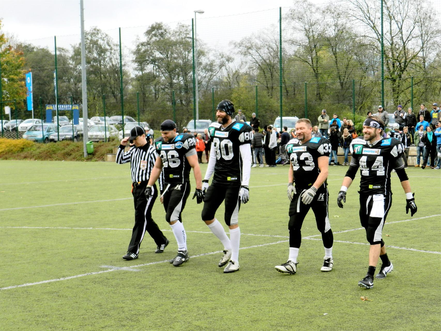 Foto von www.regionalsport.at Erwin Hofbauer Andreas Pröller ist der dritte von rechts