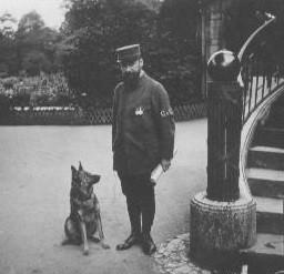 Henri Klein en uniforme des GVC