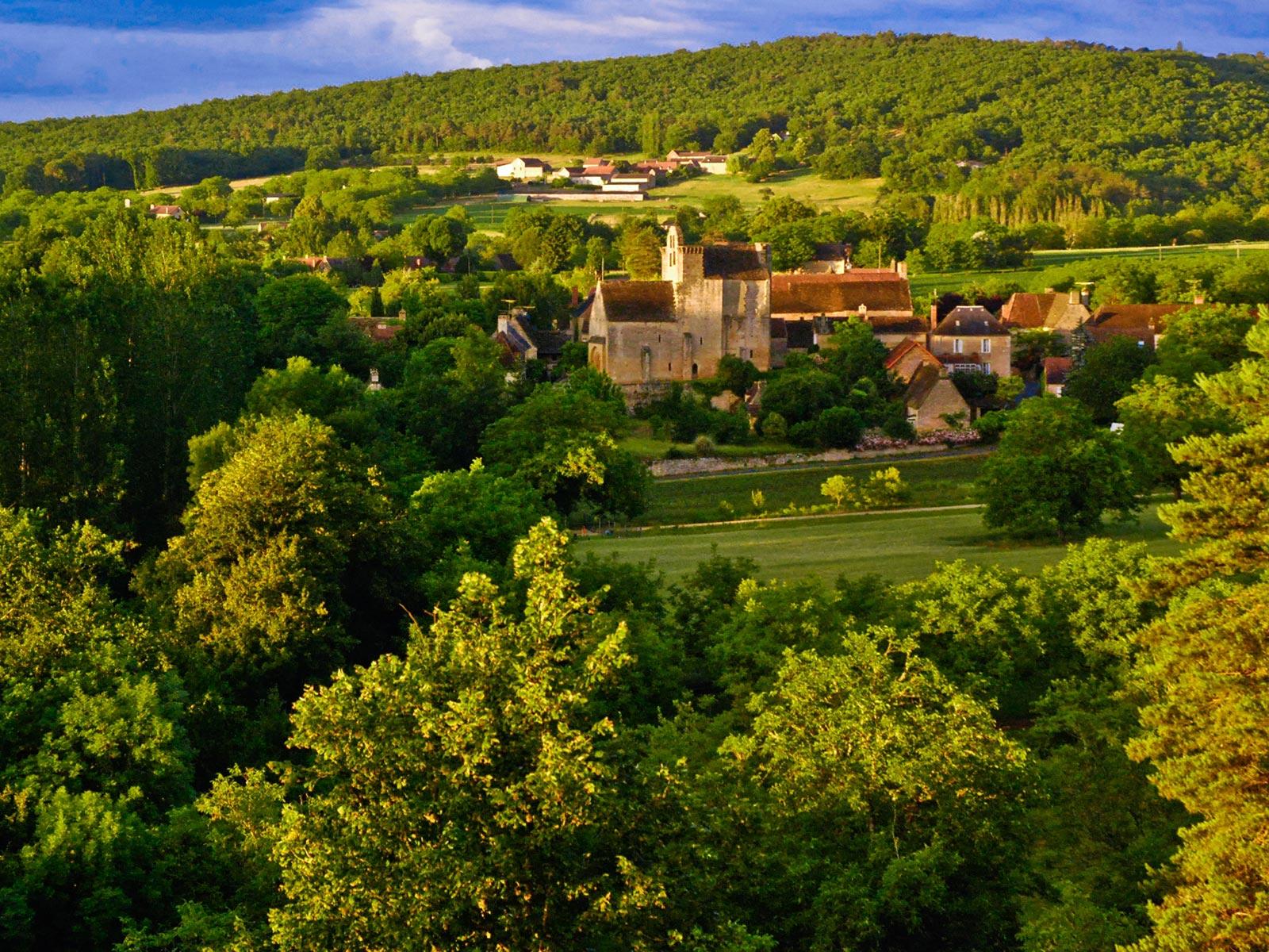 le village de Sergeac juste en dessous de l'auberge