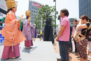 住吉神社から福娘降臨