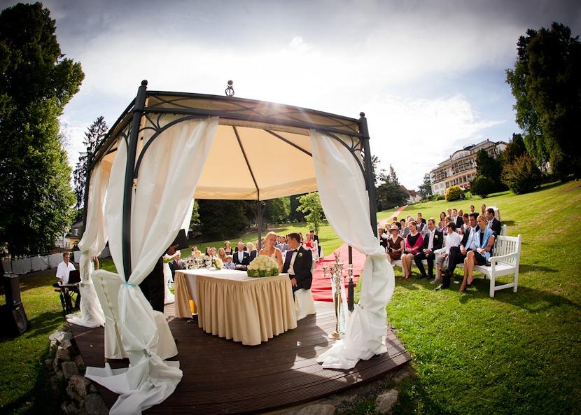 Freie Trauung Undenheim Rheinhessen freie Trauungen Undenheim in Rheinhessen freie Hochzeit mit freien Traurednern.