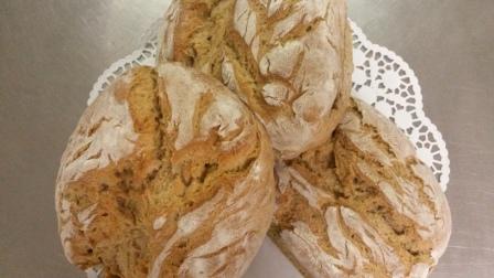 GiebelStuben-Brot aus dem Steinbackofen