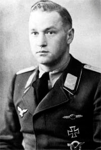 Artur Beese Oberleutnant- source : Ace of the Luftwaffe Cz.com ( immagine a solo scopo illustrativo )