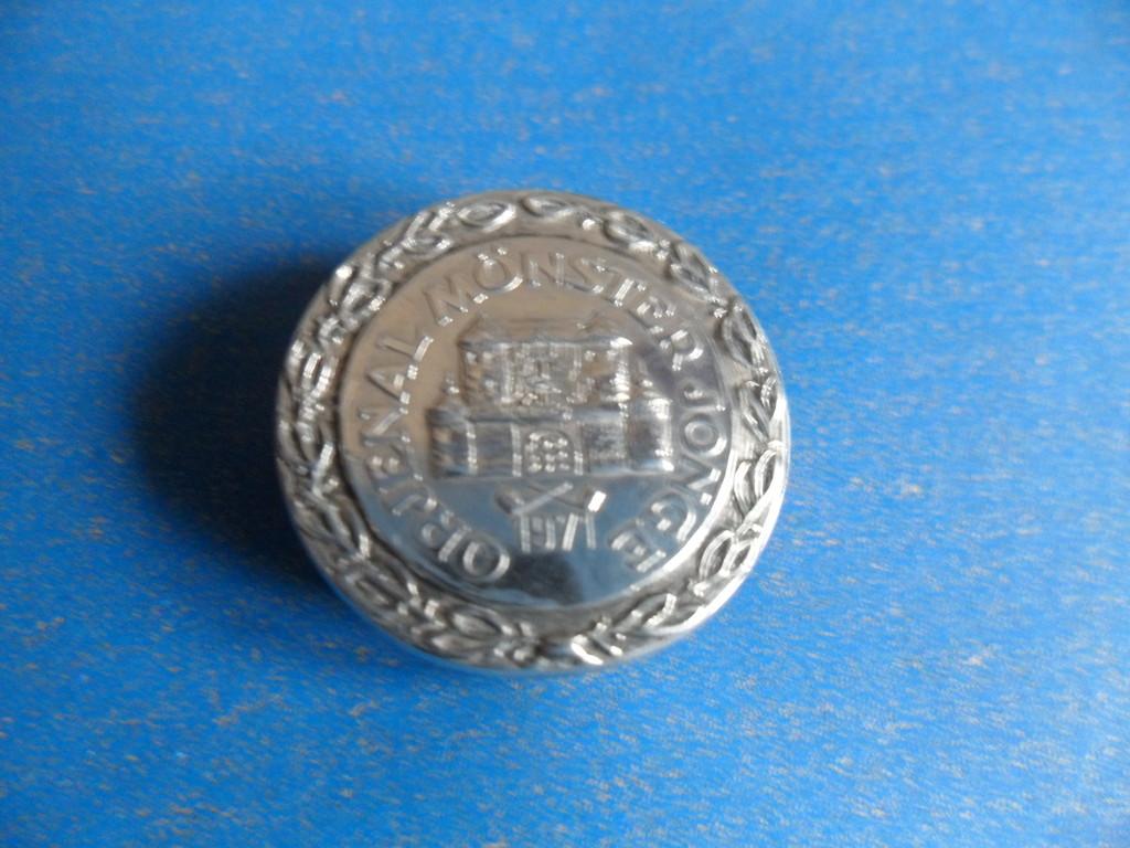 Ehrennadel in Silber für 2x11 Jahre aktive Mitgliedschaft