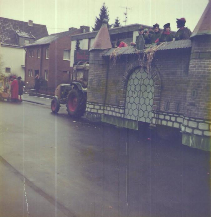 """Karnevalswagen 1978 """"Torburg"""""""