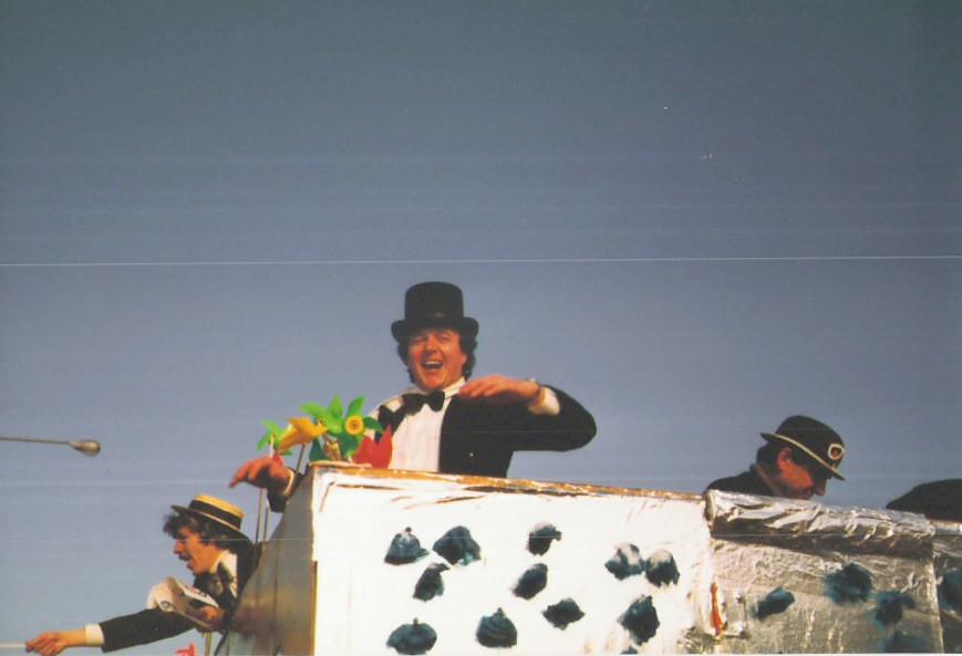 """Karnevalszüge 1983 """"Die goldene Zeit"""""""