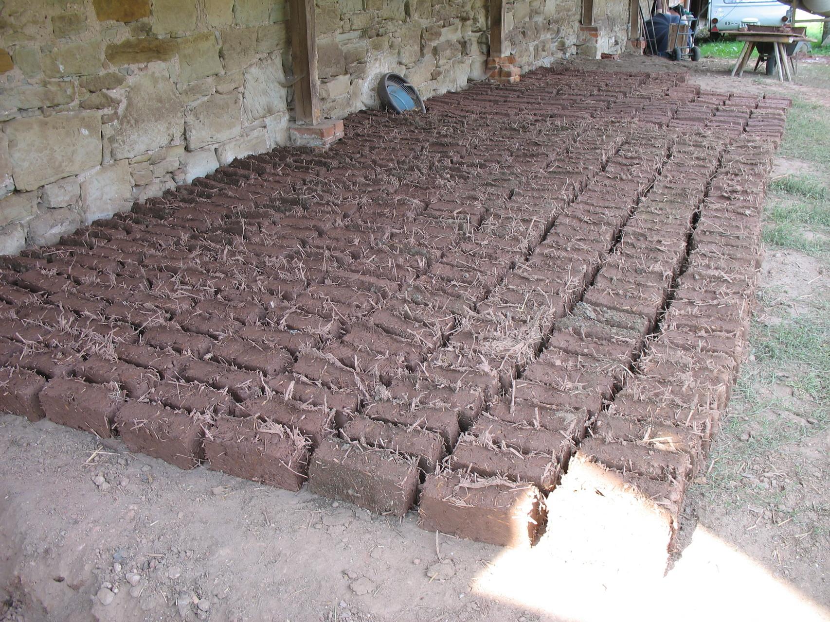 Lehmziegelproduktion