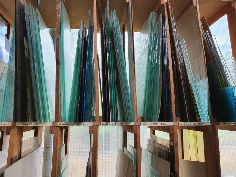 ESG Glas Platten  (hell, gelb, grün & bronze)