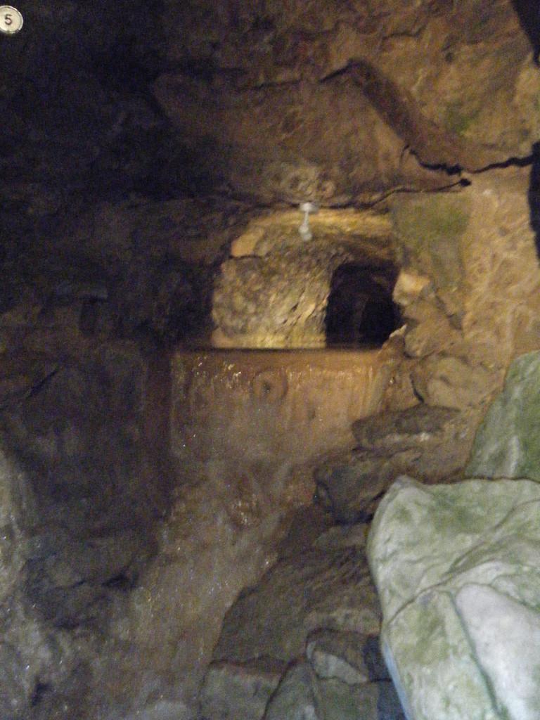 Intérieur de la Grotte aux Fées