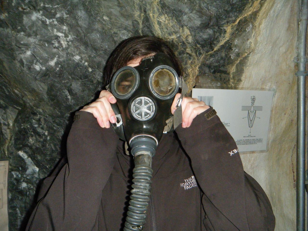 Masque à gaz  - Le Fort Saint-Maurice