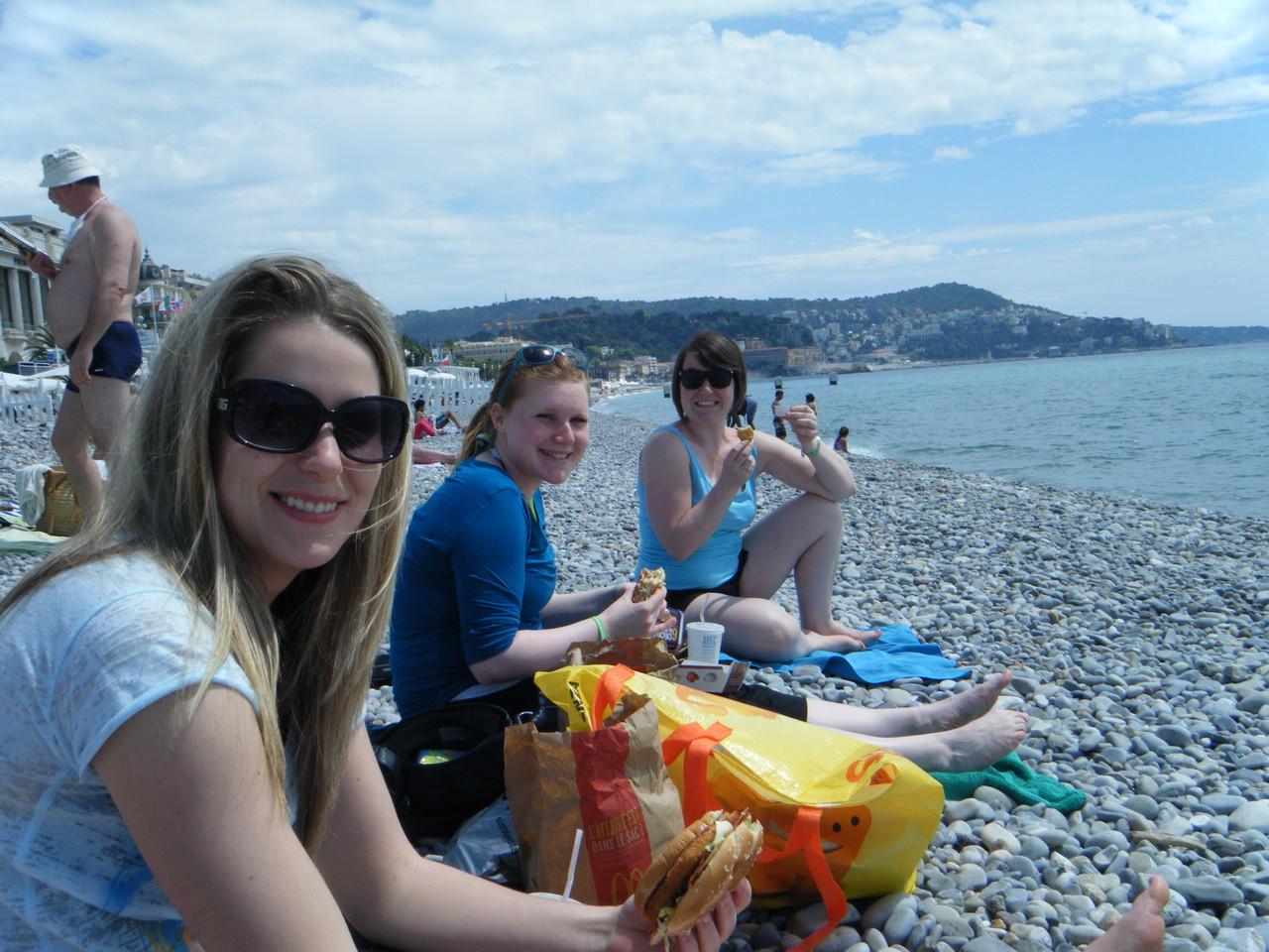 Nice - Repas sur la plage
