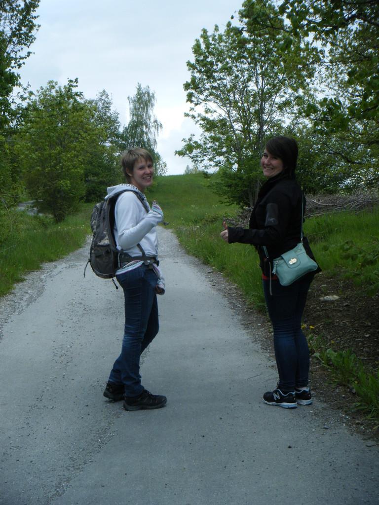 Myriam et Bianca prêtes pour l'aventure!