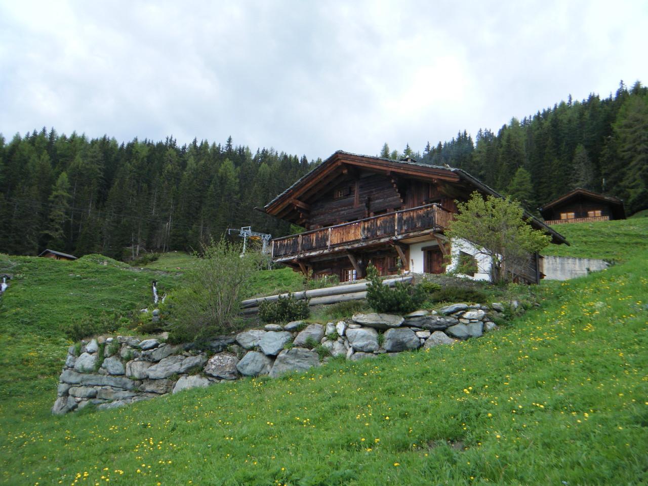 Il fut démonté en Autriche et rebâti tel quel en Suisse