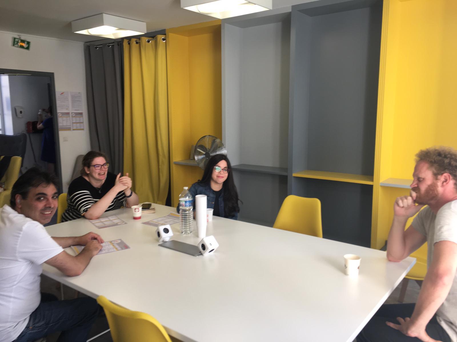 Des échanges en petits groupes
