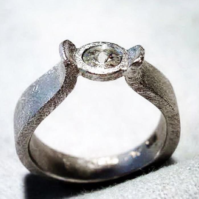weissgold ring spirit diamond