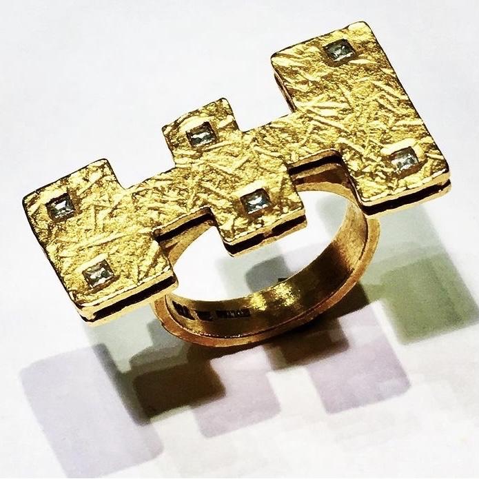 gelbgold ring mit diamanten