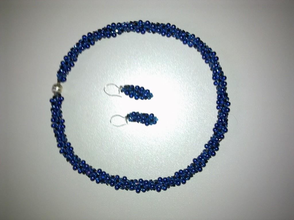 Häkelschmuck aus Perlen mit Ohrhänger
