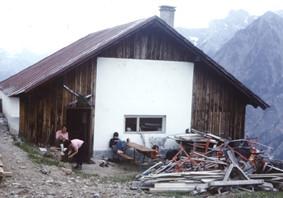 1976 bei der Übernahme