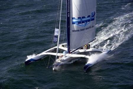 Globalwaters | Team-Sailing | Gruppen | Event-Charter | Schiffe  | Trimaran | spektakulär