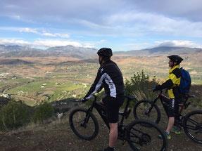 Mit einem e-Mountainbike in die Sonne Andalusiens und Marokkos!