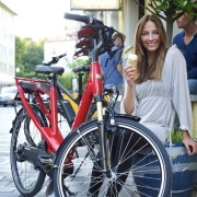 Glücklich mit sauberem Fahrrad