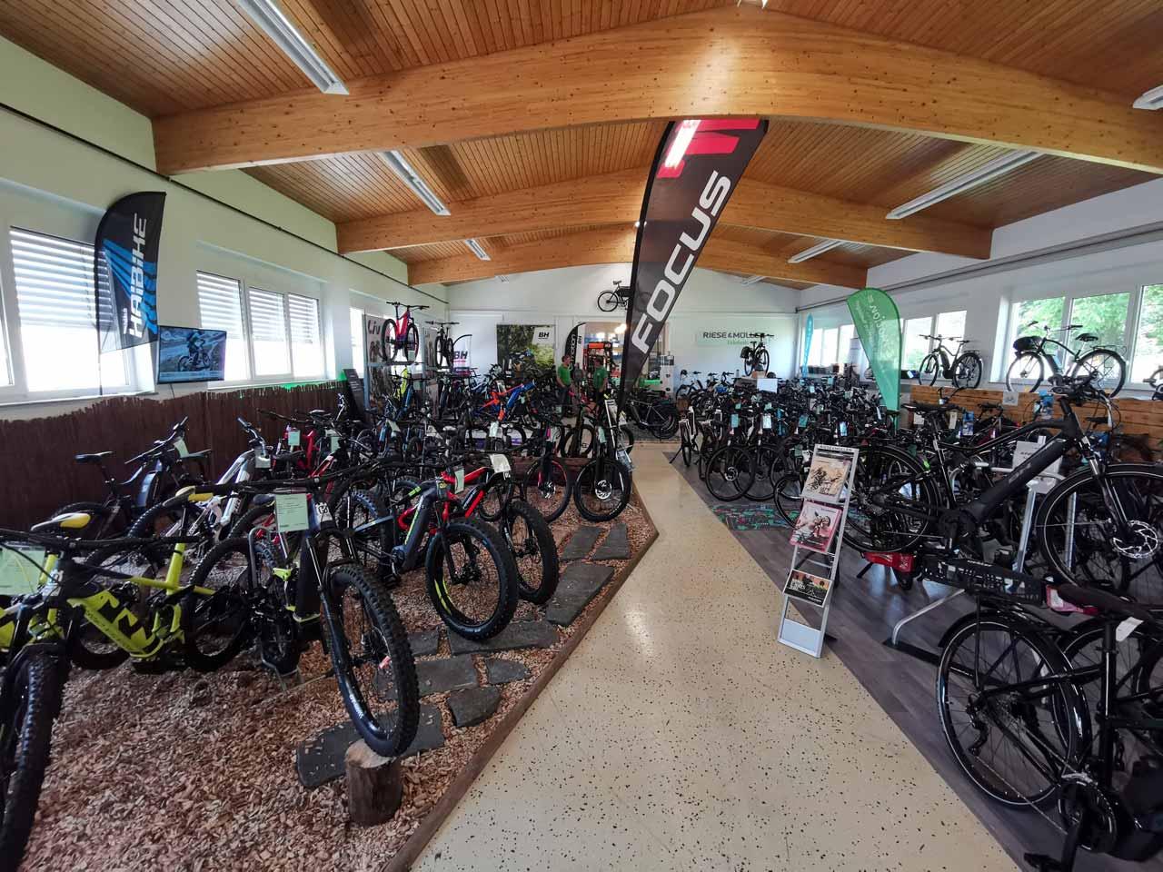 Unsere riesige e-Bike Auswahl - Wir haben für Jeden das richtige Modell im Sortiment!