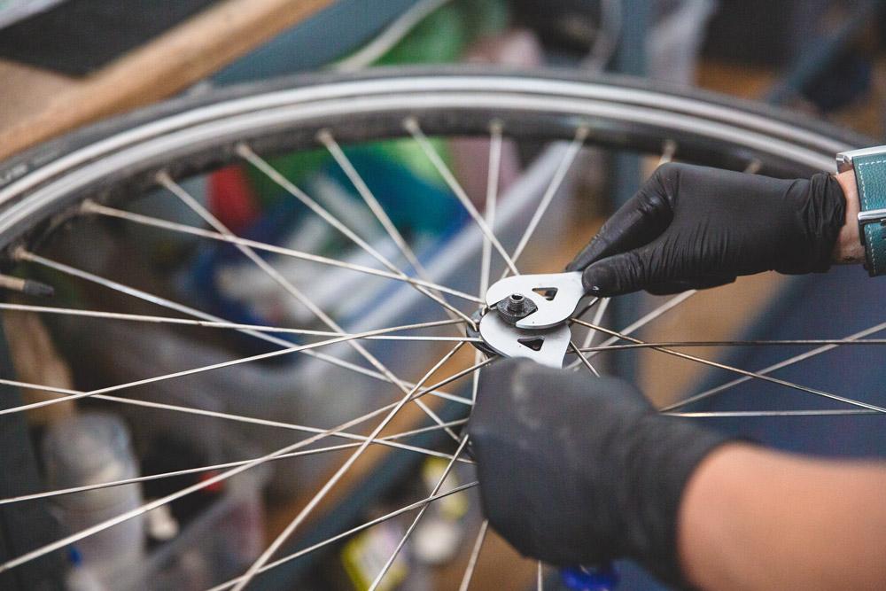 Reparaturen und weitere Serviceleistungen in der e-motion e-Bike Welt Worms